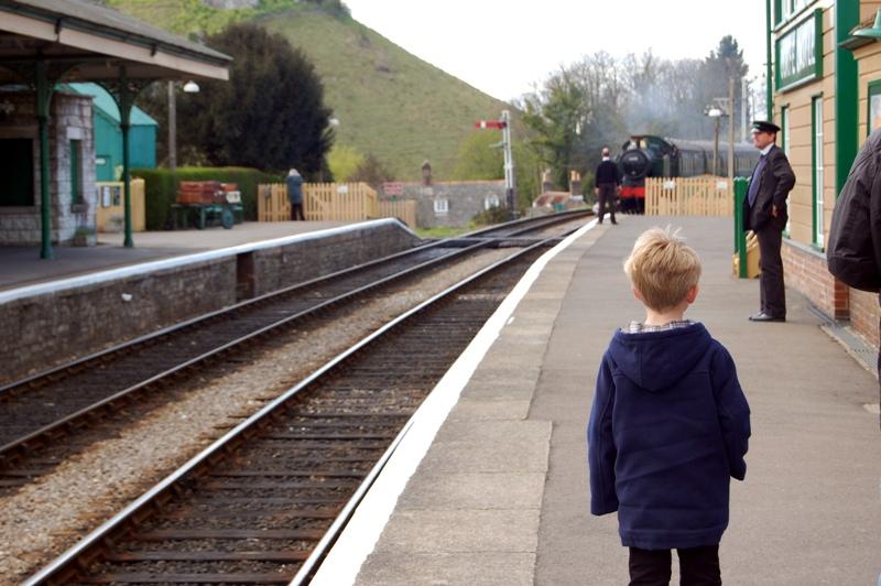 ¡Qué viene el tren!