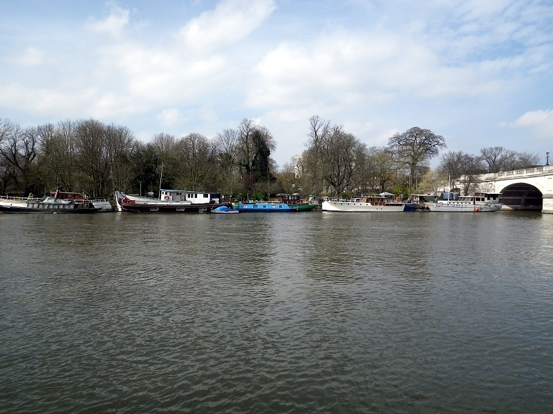 Barcos en fila