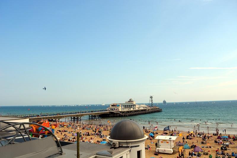 Sobrevolando Bournemouth Pier