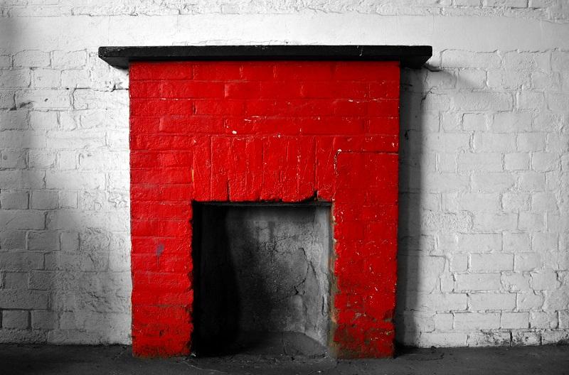 La chimenea roja