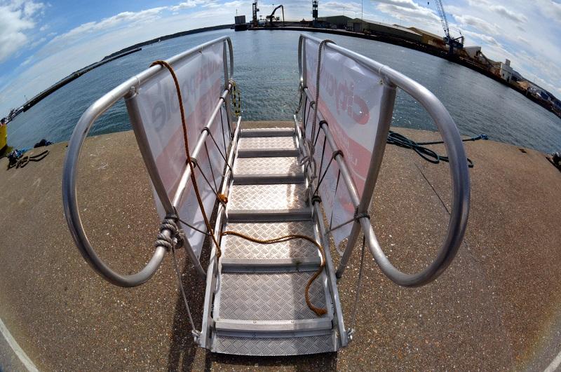 Escaleras al agua